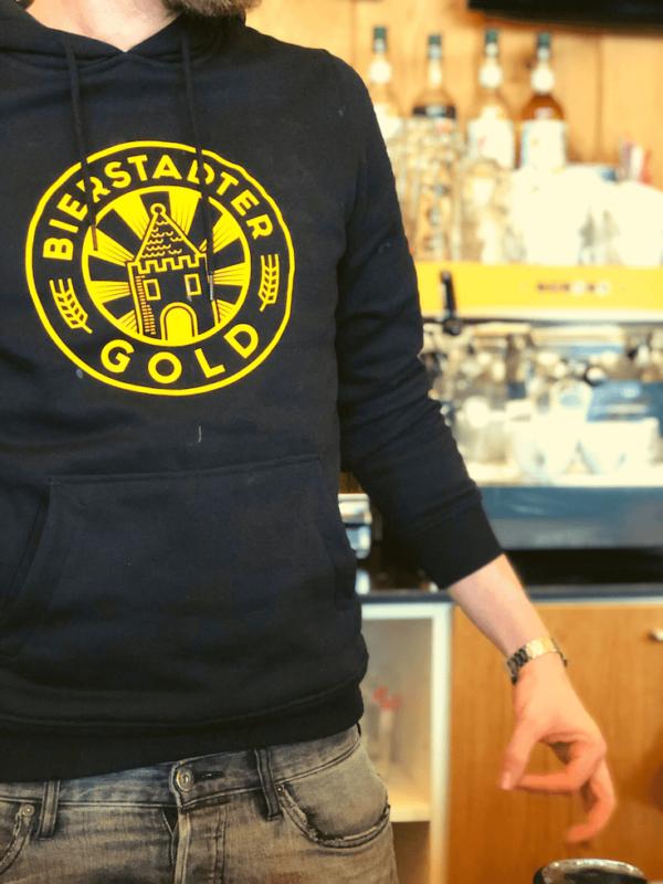Bierstadter Gold Hoodie schwarz Logo groß